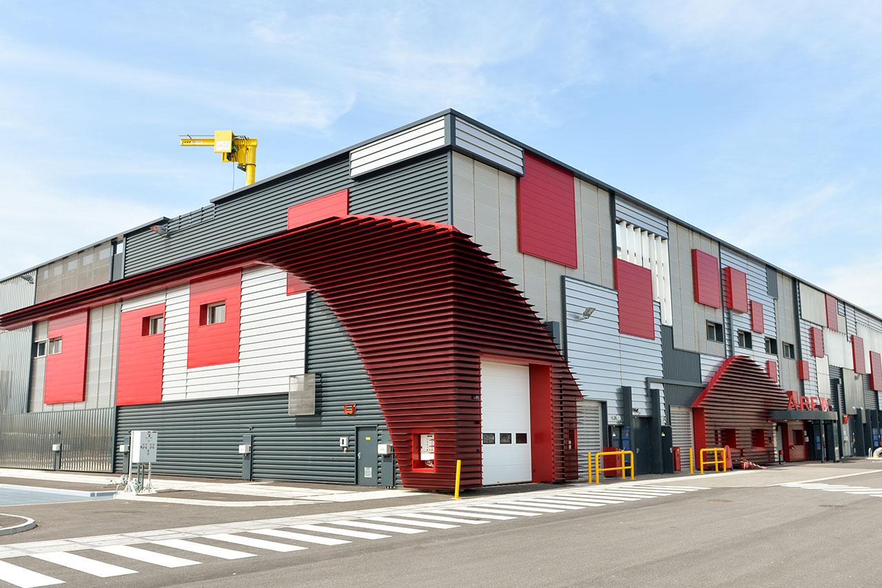 Areva - usine GBII Nord - réalisation de façades architecturales Pierrelattes - Bâtiment industriel